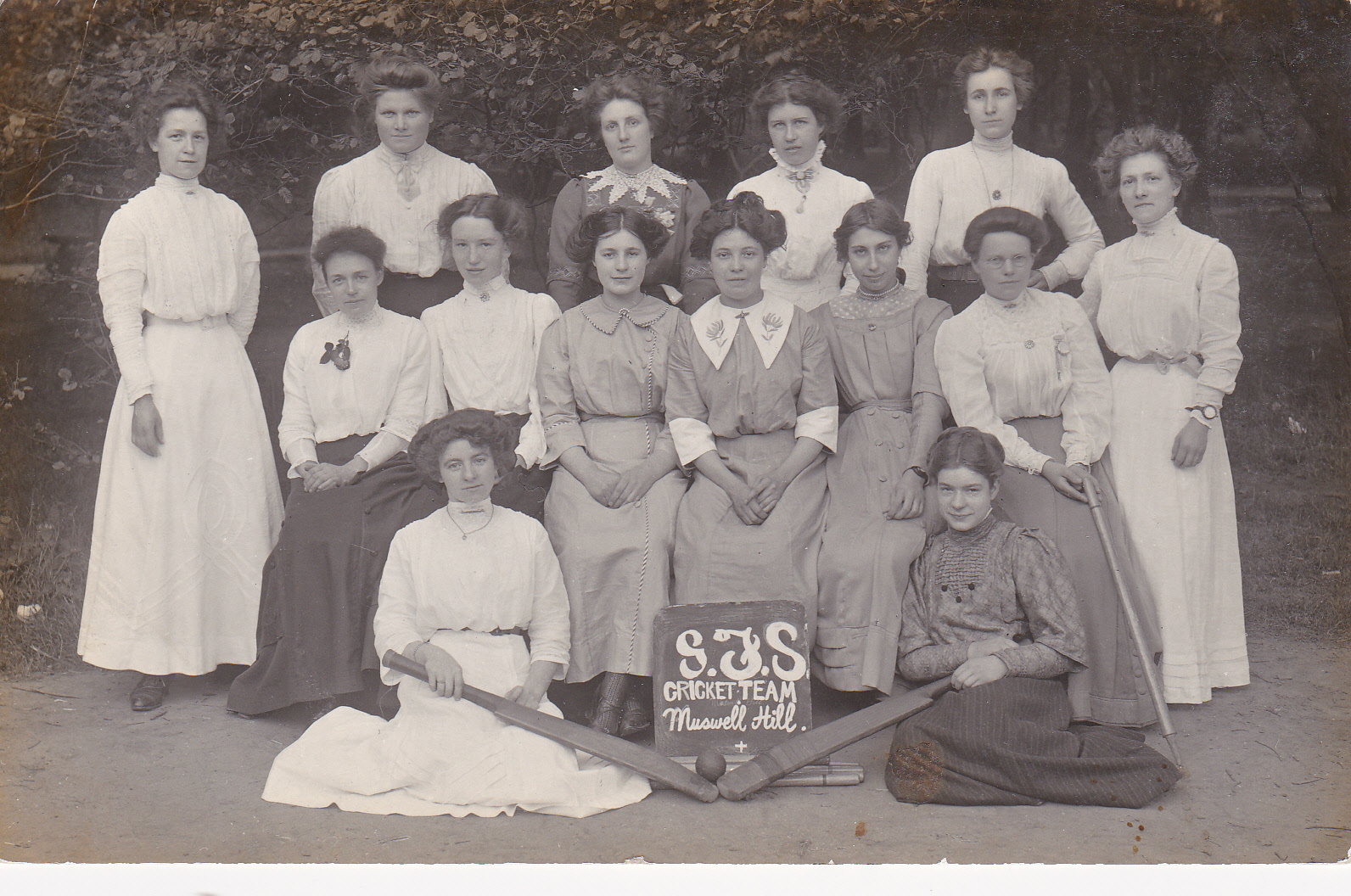 SJS Women's Cricket Team 1911