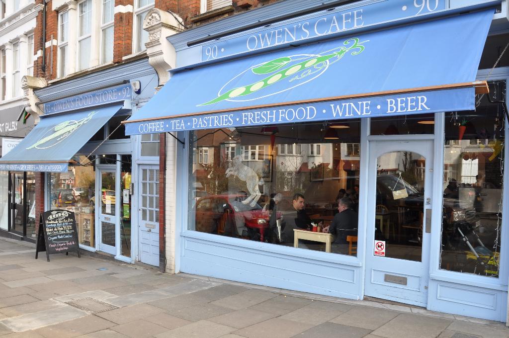 Owen's Café & Food Store